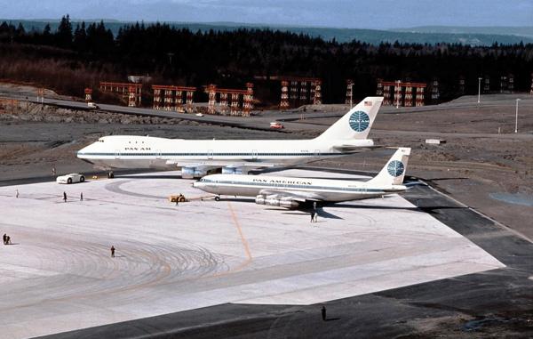 Pan Am Boeing 747 & 707